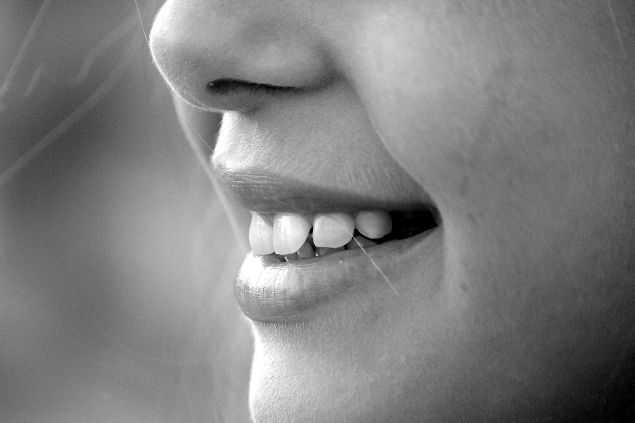ボトックス注射の恐ろしさと副作用とは!ボトックスなしで美肌にする方法!