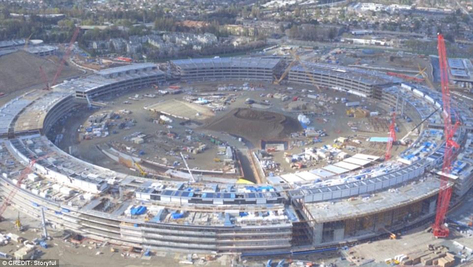 建設中のアップル本社が凄すぎる!ドローンから撮った風景とは?