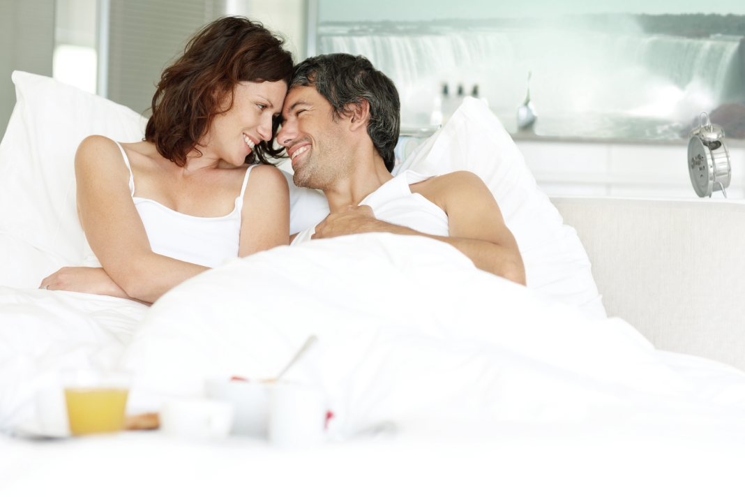 初体験が遅いと、その後の恋愛に影響するの?