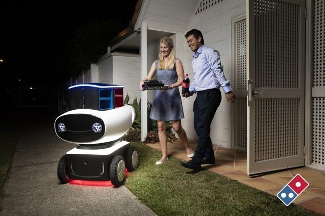 ロボットが自動で家までピザを届けてくれる?!