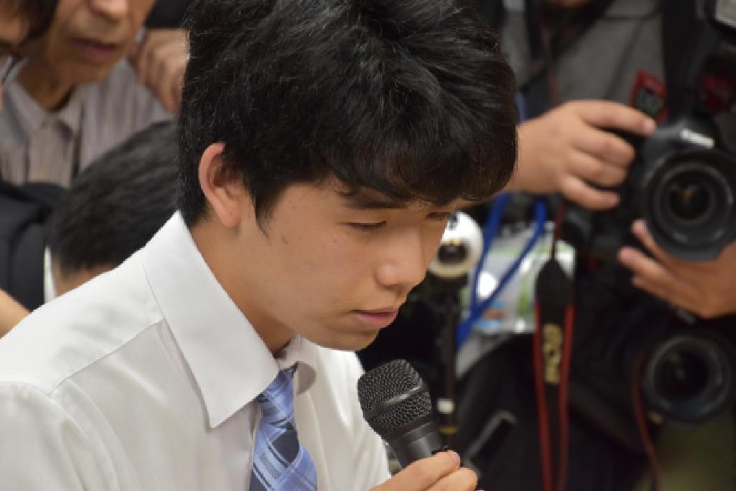 藤井四段が子供の頃に遊んだ積木(キュボロ)や将棋盤のおもちゃとは?!